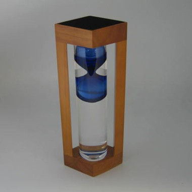 Newton 2 Minutes Sand Timer in Blue Glass Bubble