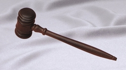 Ladies' 8 Walnut Gavel