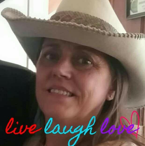 live laugh love cmg
