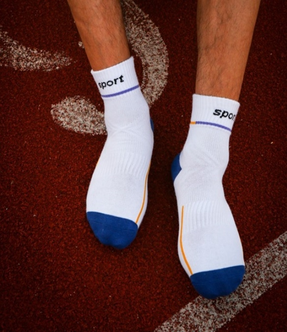 AM00001 - Quarter Sports Socks