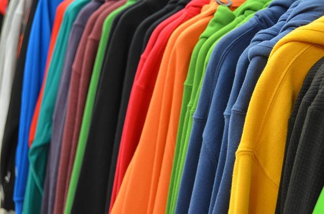 sweatshirts-428607_640.jpg