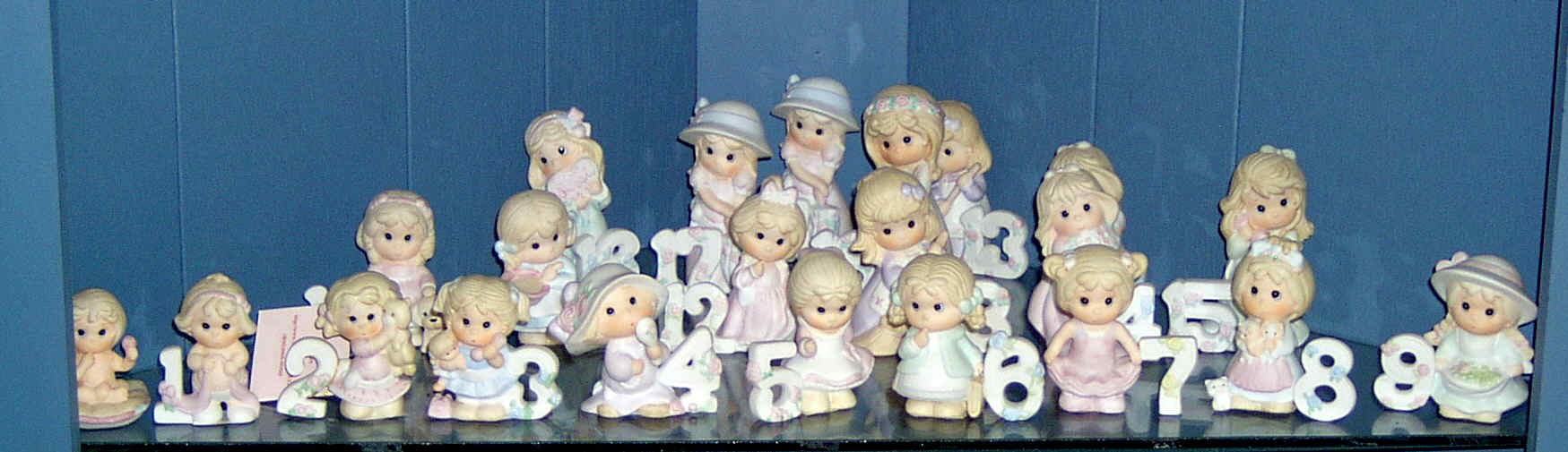 GiftsFigurines.jpg