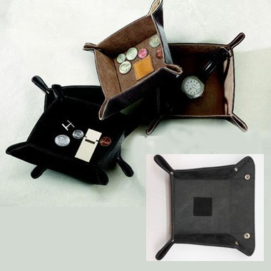 Black Snap Change Tray, 4.5 Square w/ Leather Center