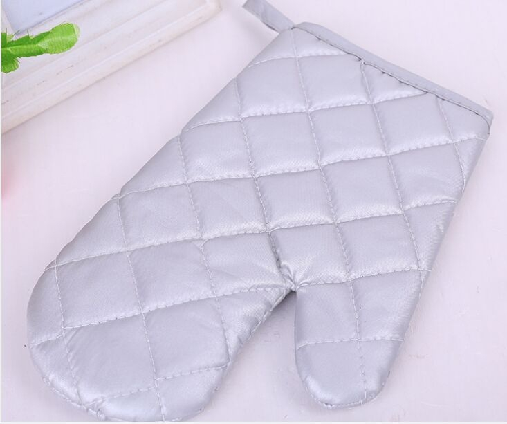 Insulated Silver Oven Mitt