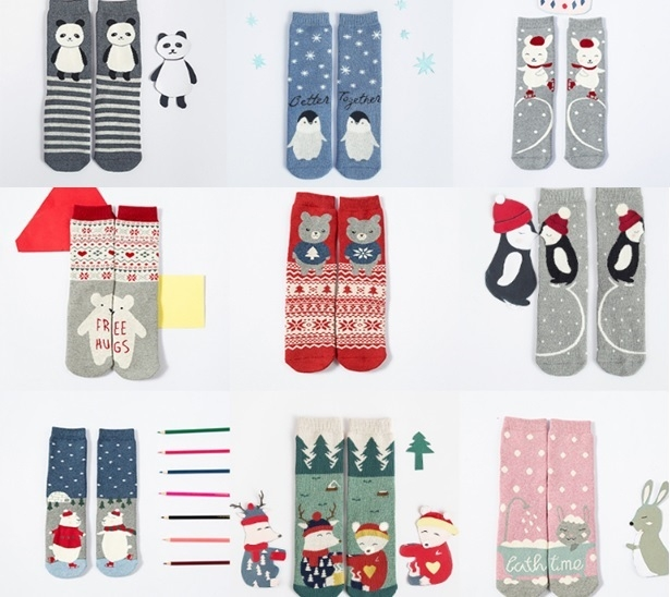 AM00005 - Women and Kids Novelty Terry Socks