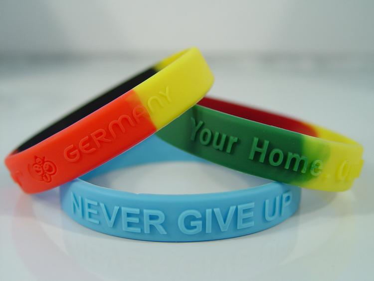 3/4 Embossed Silicone Wristband