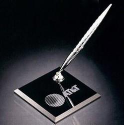 Benjamin Franklin Pen Set. Black Glass