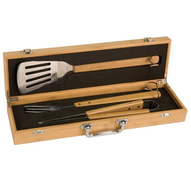 Eco-friendly 3-piece barbecue set in Bamboo Case