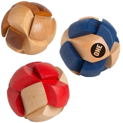 Novelty Gift Catalogs >> Wooden Soccer Ball Puzzle - 24147 - Alpi2015