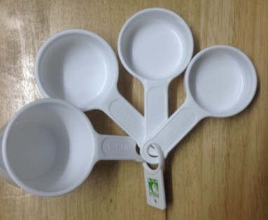 Measuring Cups/ Plastic Kitchenware Cups/ Measurement Tool