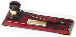 Ladies' 8 Piano Finish Gavel